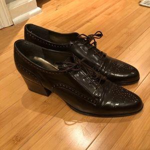 Brown patent leather Stuart Weitzman booties